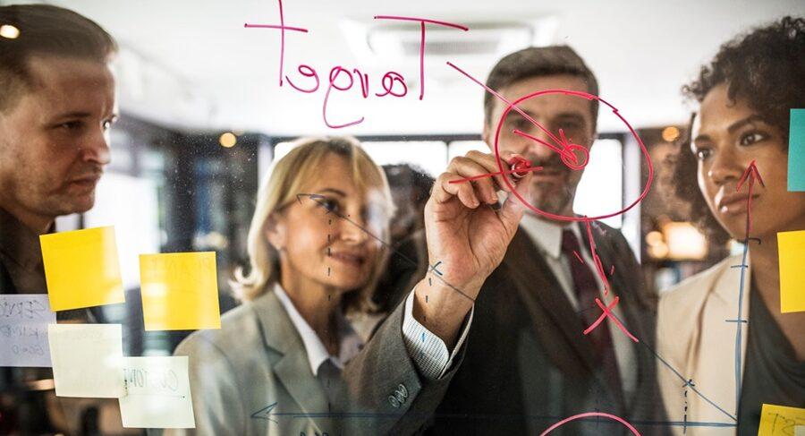Légy a jövő tudatos vezetője! - Online készségfejlesztő tréning vezetőknek és leendő vezetőknek HAMAROSAN!